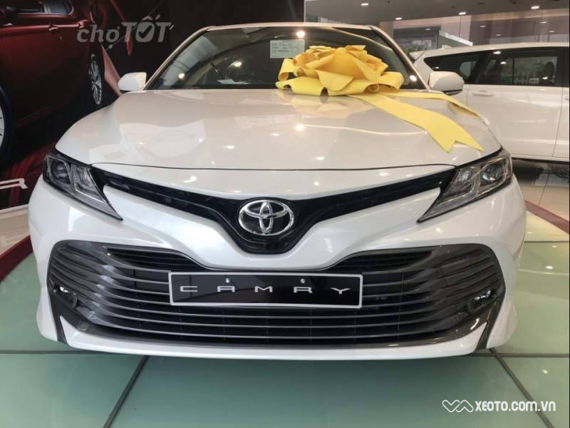 Toyota Camry 2.0G AT 2020 - ID: 1628
