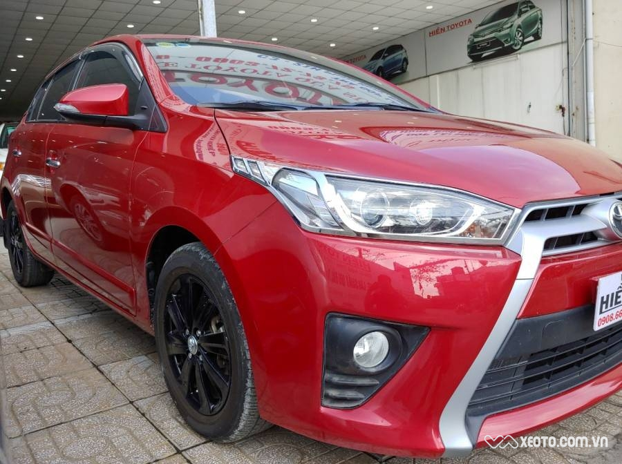 Toyota Yaris 1.3G 2015 AT