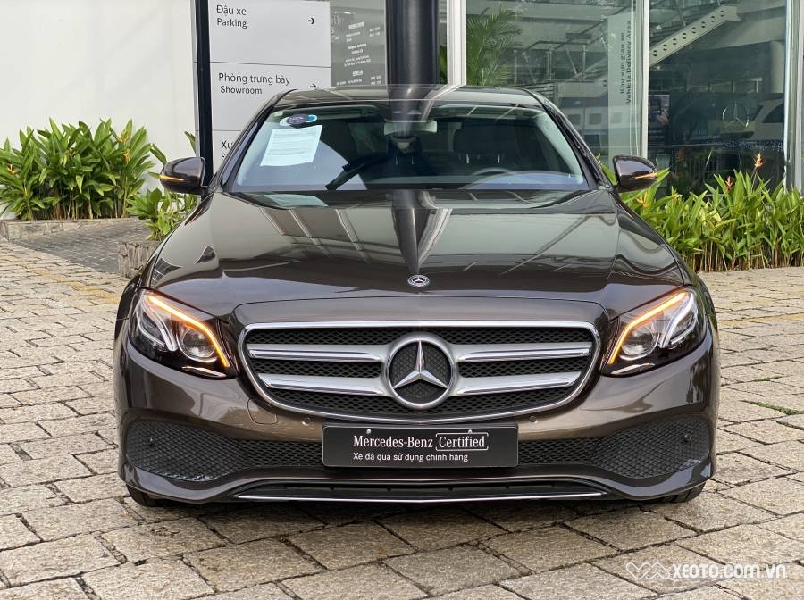 Mercedes-Benz E250 2019 2.0L 2017 AT