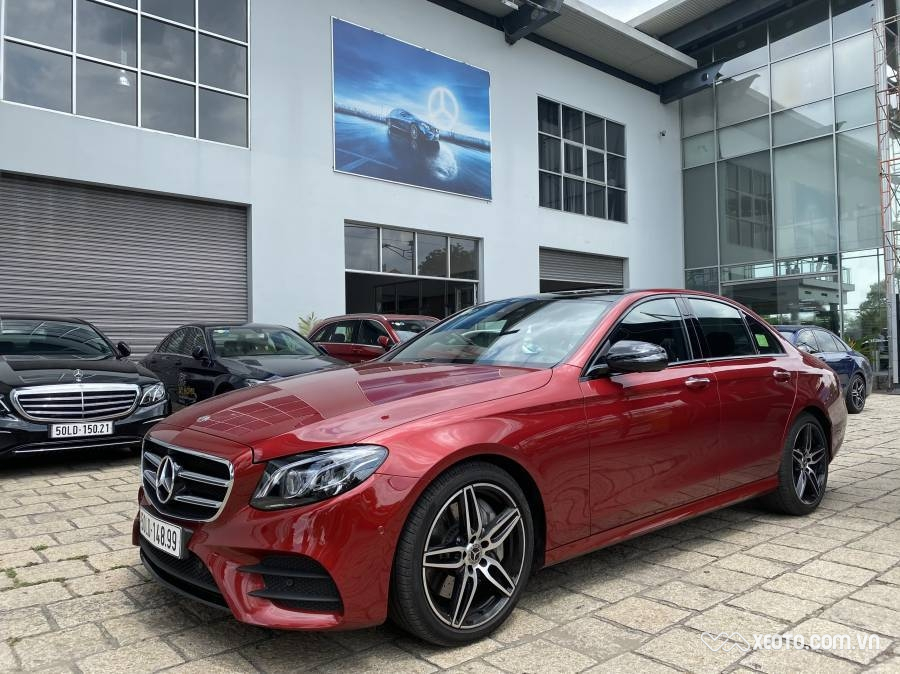 Mercedes-Benz E300 e300 amg 2.0L 2019 AT