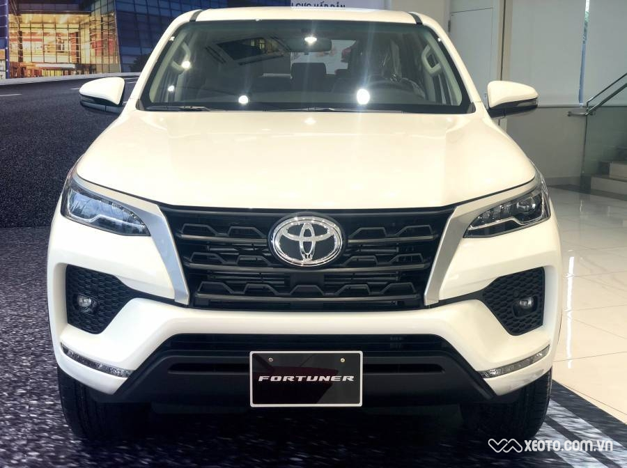Toyota Fortuner 2.4 G MT 2020 AT
