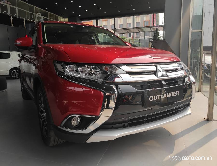 Mitsubishi Outlander 2.0 STD 2020 AT