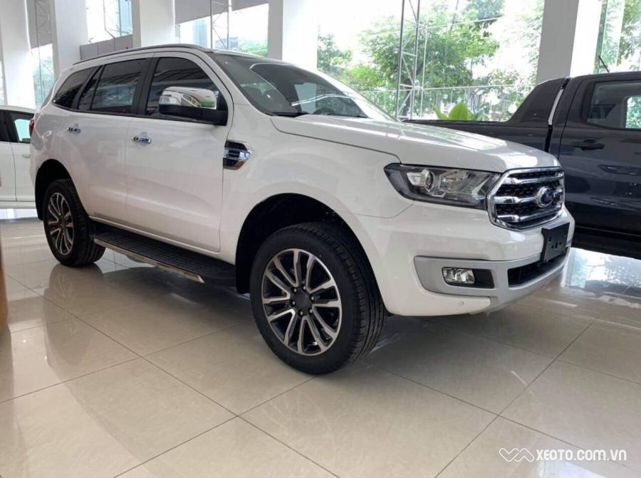 Ford Everest 7 chổ 2.0L 2020 MT