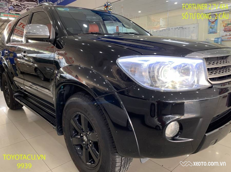 Toyota Fortuner 2.7V 4WD 2012 AT