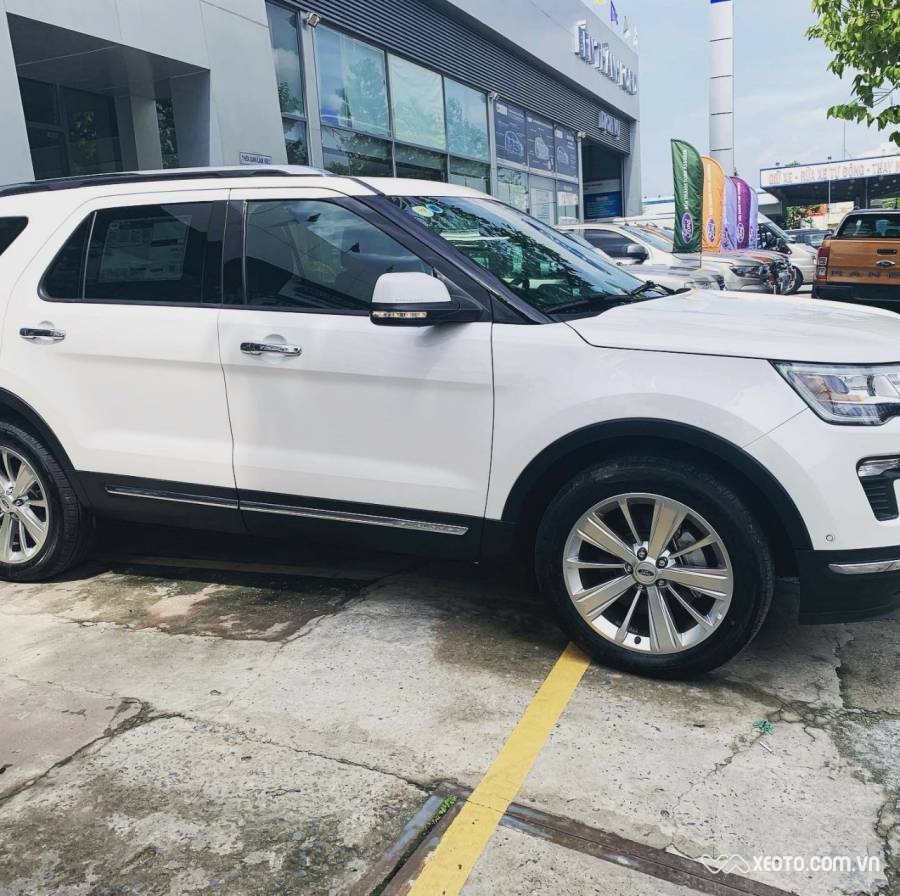 Ford Explorer 2019 2.3L AT