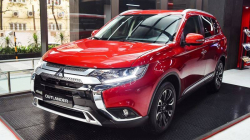 Mitsubishi Outlander 2.0 CVT 2020 AT