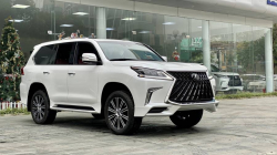 Lexus LX570 2021 5.7L AT